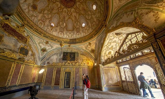 Le Quartier De Sultanahmet Est Historique DIstanbul Il Y A Tellement Choses Visiter Que Vous Pouvez Facilement Passer La Semaine