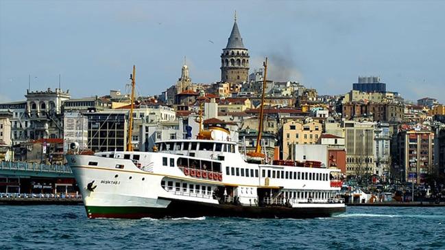 Bateau public/ferry d'Istanbul, « vapur » en turc
