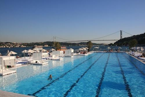 L 39 t istanbul que faire en t istanbul - Piscine istanbul ...