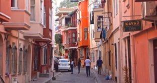 contrasts-of-istanbul-fatih-fener-balat-karaköy-beyoğlu-tour