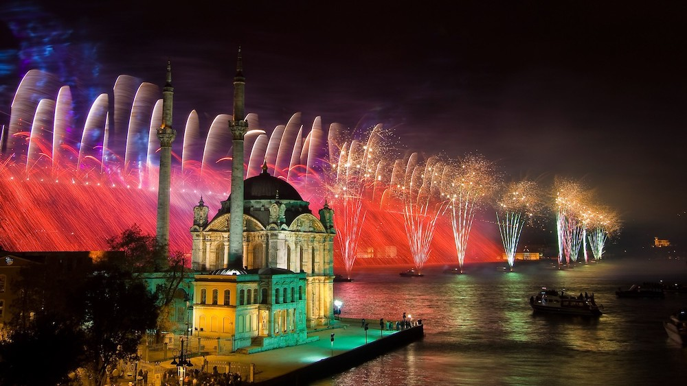 Celebrate the new year's eve in Istanbul, how to have a great night?