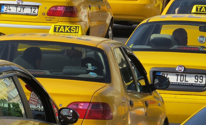 taxi-istanbul-airport